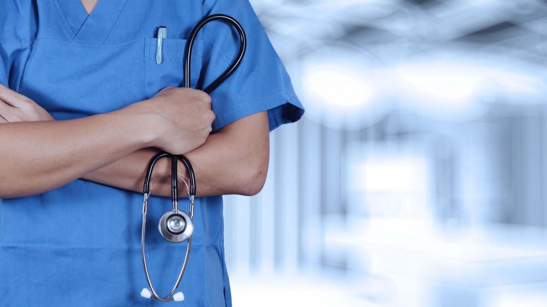 nurse-doctor-medicine